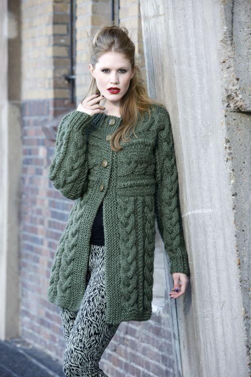 Cardigan z włóczki Silvi na drutach